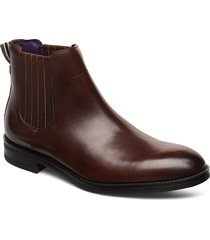 takind shoes chelsea boots brun ted baker