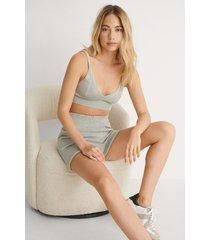 na-kd ekologiska stickade shorts - grey