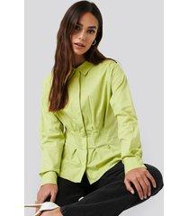 na-kd classic gathered waist shirt - green