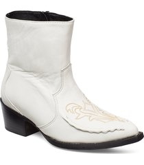emeliagz boots ao19 shoes boots ankle boots ankle boots with heel vit gestuz