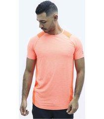 camiseta naranja under armour