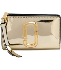 marc jacobs the snapshot mirrored compact wallet - gold