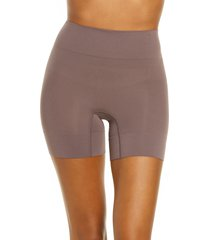 women's yummie bria shaping shorts, size medium/large - brown