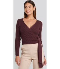 na-kd overlap ribbed knitted sweater - burgundy