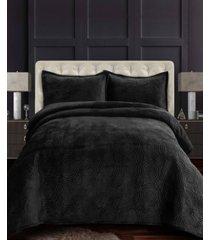 capri medallion velvet oversized solid 3 piece quilt set, queen