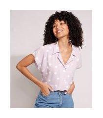 camisa ampla de viscose estampada de poá com bolso manga curta lilás