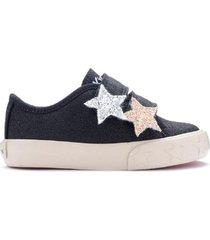 zapatilla azul kickers glow con estrellas