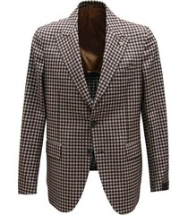 checkered patterned jacket
