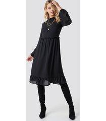 trendyol milla ruffle detailed midi dress - black