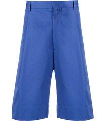 maison flaneur pleated bermuda shorts - blue