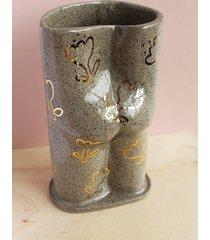 wazon dupa szary w złote kwiatki