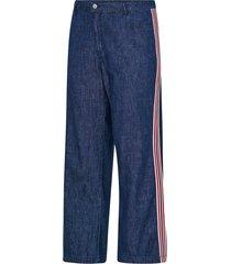 vida jeans med band i sidan