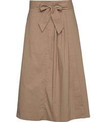 phoebe hw wrap skirt knälång kjol beige second female
