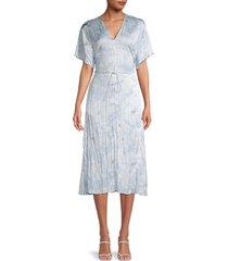 vince women's crinkle floral dress - powder blue - size m