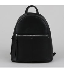 mochila feminina grande texturizada com bolsos e tachas preta