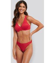 na-kd swimwear ribbed bikini panty - red