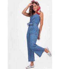 jardineira avanzzo pantacourt jeans jeans delave azul - azul - feminino - dafiti