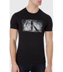 polera calvin klein jeans blurred silver monogram tee negro - calce slim fit