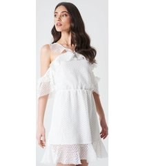 linn ahlborg x na-kd double frill sleeve dress - white