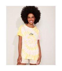 camiseta feminina estampada tie dye as meninas superpoderosas manga curta decote redondo multicor