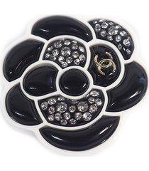chanel camellia brooch black, white sz: