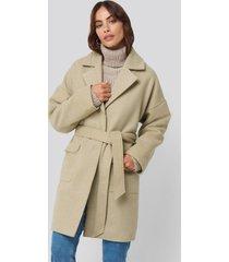 hannalicious x na-kd oversized midi coat - beige