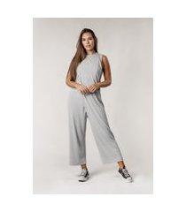 macacão comfy pantalona transpassado cinza