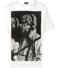 u.p.w.w. reflective back print t-shirt - white
