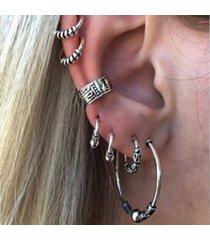 orecchini con perline della cartilagine 7 pezzi per le donne. orecchini con polsini con perle penetranti. orecchini punk