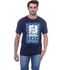 camiseta fatal estampada azul marinho