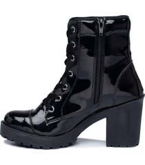 coturno tratorado com zipper cr shoes verniz preto