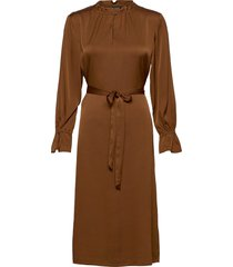 satin stretch - raya fs dress jurk knielengte bruin sand