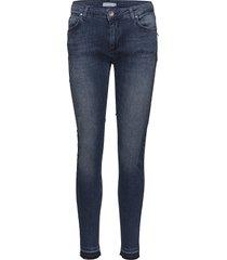 slim fit jeans w. raw edges slim jeans blauw coster copenhagen