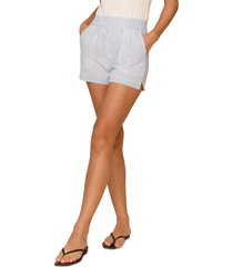 women's reformation edward cotton blend deadstock shorts, size x-small - white