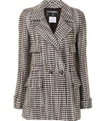 chanel pre-owned 2001 patterned woven jacket - brown