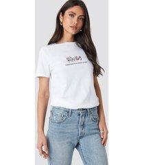 na-kd fresh start t-shirt - white