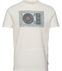 clive recycled cotton printed t-shirt t-shirts short-sleeved creme kronstadt