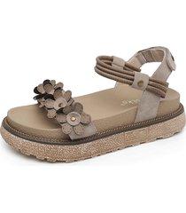 vintage sandali floreali con velcro a taglia grande