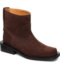 mc low boots shoes boots ankle boots ankle boot - flat brun ganni