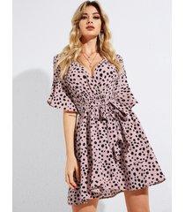 vestido con cuello en v profundo y mangas con volantes y diseño de abrigo con cinturón de leopardo rosa de yoins