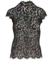 laced sleeveless top