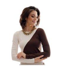blusa com duas cores marrom e palha feminina manga longa decote canoa