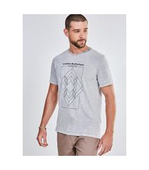 camiseta cinza estampa geométrica