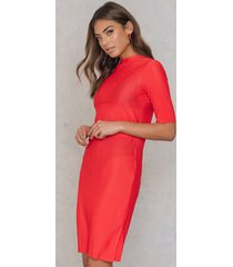 na-kd party raw hem pleated dress - red