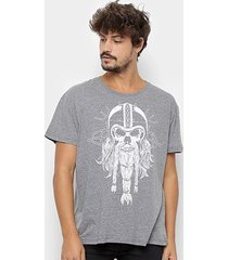 camiseta triton caveira masculina