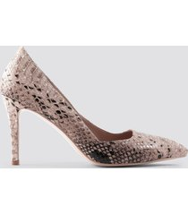 na-kd shoes snake classy pointy pumps - nude