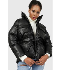 chaqueta missguided pu tie waist puffer coat  negro - calce regular
