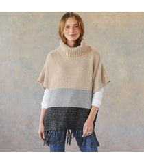 peaceful shores poncho