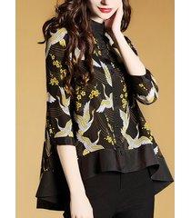 camicette irregolari per le donne con stampa floreale di uccelli vintage