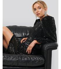 na-kd party puff sleeve sequin mini dress - black